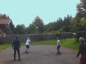 Haus Volley ball 1